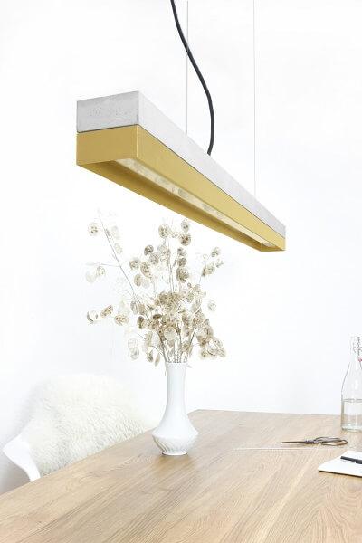 GANTlights C1 - GANT lights C1 hanglamp van lichtgrijs beton en messing