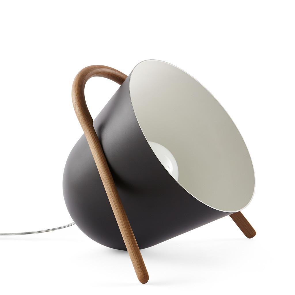 cool living cool living onderscheidt zich door niet. Black Bedroom Furniture Sets. Home Design Ideas