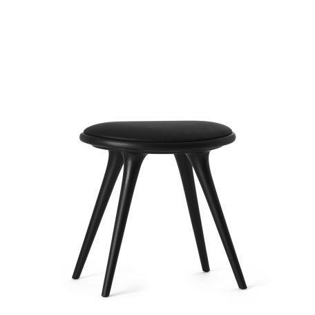 Mater Design LOW STOOL - zwarte houten kruk met zwart leren zitting (01013)