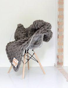 VACHT VAN VILT grofgebreide plaid Stone gray - Steengrijs