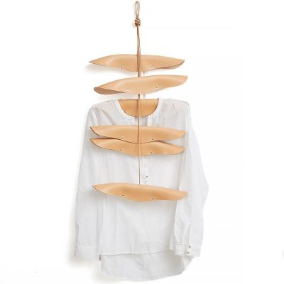 By WIRTH COAT HANGER - kledinghanger van naturel leer