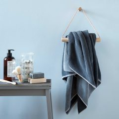 By WIRTH TOWEL HANGER Handdoekhaak naturel eiken leer