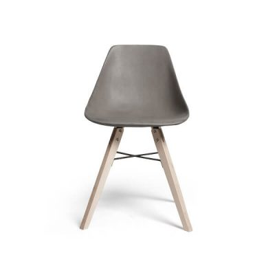 Lyon Beton HAUTEVILLE – Stoel van beton en houten poten - DL-09181-PL-004 (1)
