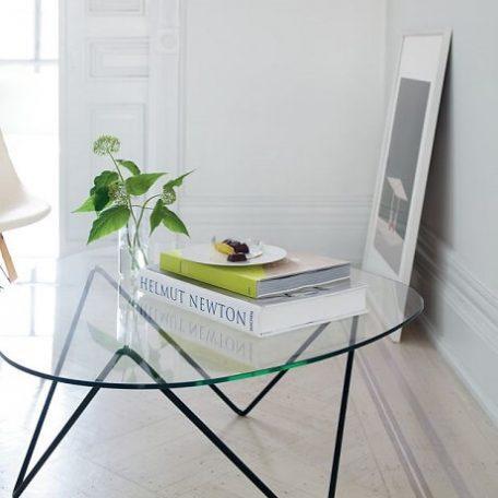 Zwarte Glazen Salontafels.Gubi Pedrera Salontafel Tafel Met Blad Van Gehard Glas 106x86x38 Cm