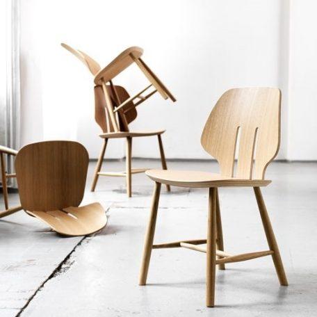 Mater Design eetkamerstoel J67 zwart eiken – Deense Design Klassiekers (1)