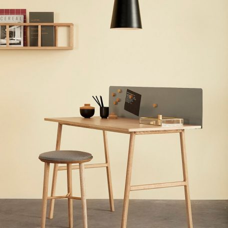 Hubsch Interior - Bureau met memobord, eiken - 120x57xh75cm - (880602)