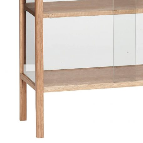 Hubsch Interior - Eiken vitrinekast met glazen schuifdeuren, laag - 80x35xh85cm - (880601)
