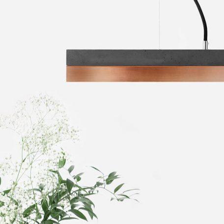 GANTlights C2 - Donkergrijs betonnen hanglamp met kap van koper - 92x7xh7cm