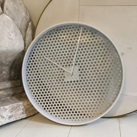 MUNK Collective - TIME Clock - TIME wandklok van aluminium – Soft Grey_LARGE