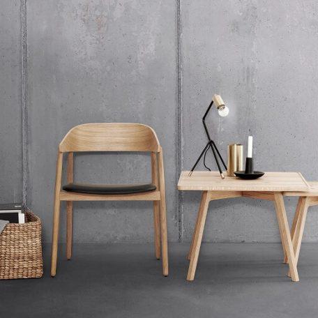 ANDERSEN Furniture - AC2 stoel + C2 Tafel