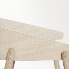ANDERSEN Furniture - AC2 stoel gezeept eiken