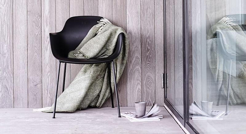 ANDERSEN Furniture - AC3 stoel - Polyester kuipstoel met metalen poten Zwart_Zwart