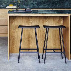 ANDERSEN Interior - BAR STOOL HC2 zwart metalen barkruk zwart_zwart