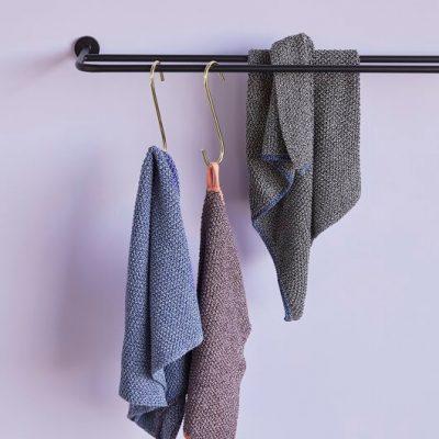 Hubsch Interior - Mat zwart handdoekenrek van metaal - 990926