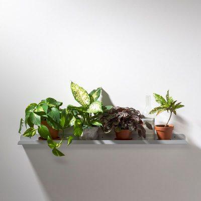WELD & CO - SOLID 06 Wall Shelf - Wandplank van metaal - Lichtgrijs