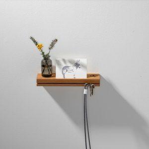 WELD & CO - Wandplank met sleutelhouder van geolied eiken