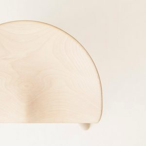 FORM & REFINE – SHOEMAKER CHAIR™ No. 49 – Schoenmaker kruk whitewash geolied Berken
