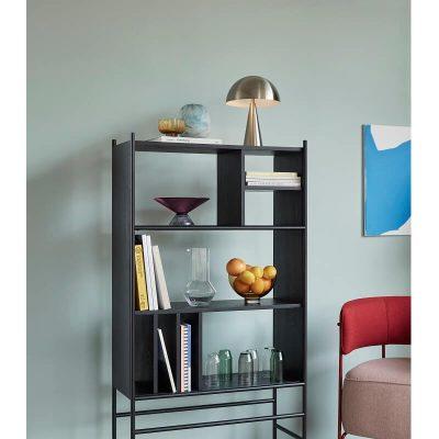 zwart metalen boekenkast