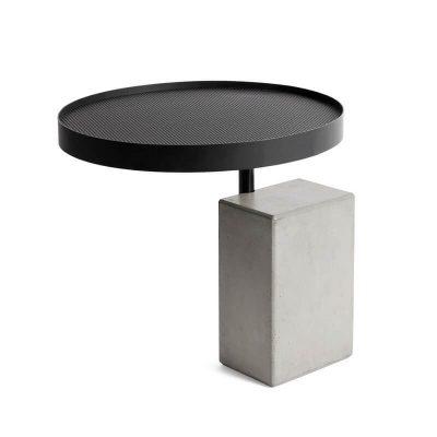 Lyon Béton TWIST - bijzettafel van beton en zwart geperforeerd metaal (D-09400-PE-014)