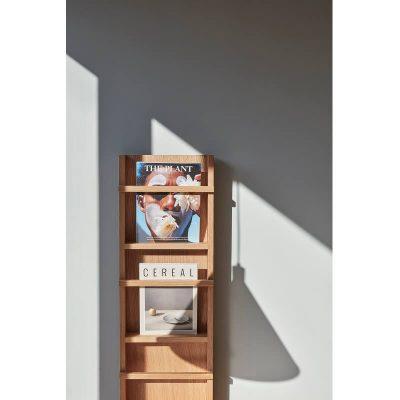 HUBSCH INTERIOR - Houten tijdschriftenrek van naturel FSC®eiken - 881304