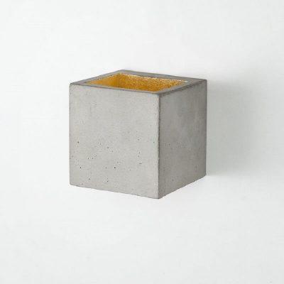 GANTlights B9 - Wandlamp van beton lichtgrijs - goud