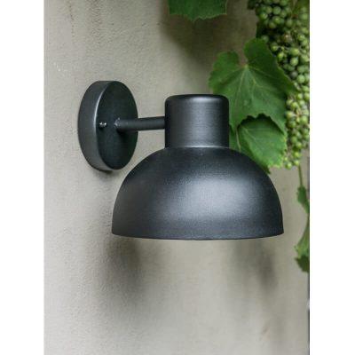DYBERG LARSEN - HADSTEN OUTDOOR zwarte wandlamp van metaal - 5704709010104