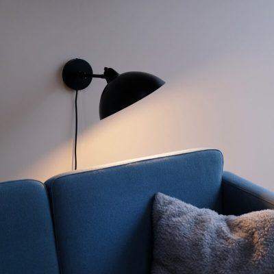 DYBERG LARSEN - FUTURA matzwarte wandlamp - 7224