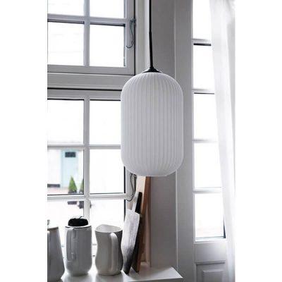 DYBERG LARSEN - RIFLET Hanglamp matzwart en melkglas LARGE - 7106